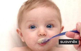 Apprendre à manger solide : nos conseils pour faire passer le morceau conseils Blog Suavinex