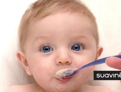 Apprendre à manger solide : nos conseils pour faire passer le morceau