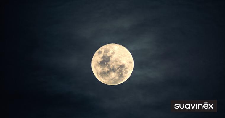 accouchement pleine lune mythe realite conseils blog accouchement Suavinex